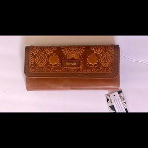 The sak trifold iris (Brown) wallet